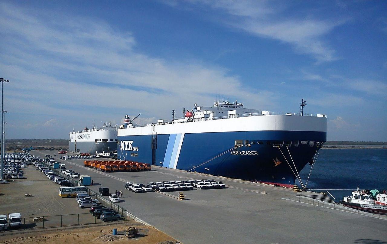Portul comercial Hambantota