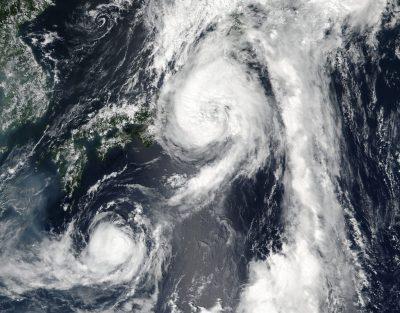 Taifunurile Mindulle si Lionrock