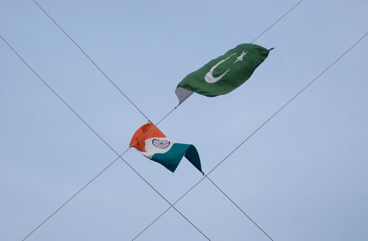 Steagul Indiei și steagul Pakistanului