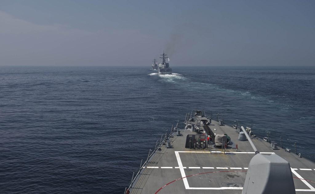 Distrugătorul american USS Decatur