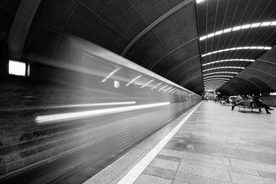 Stație metrou Titan