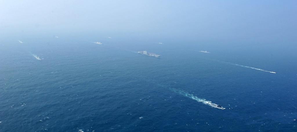 Portavionul Liaoning si grupul sau de nave