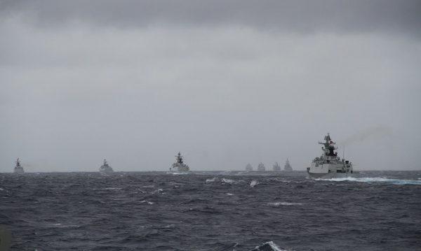 Nave chineze în timpul unui exercițiu militar, în 2014