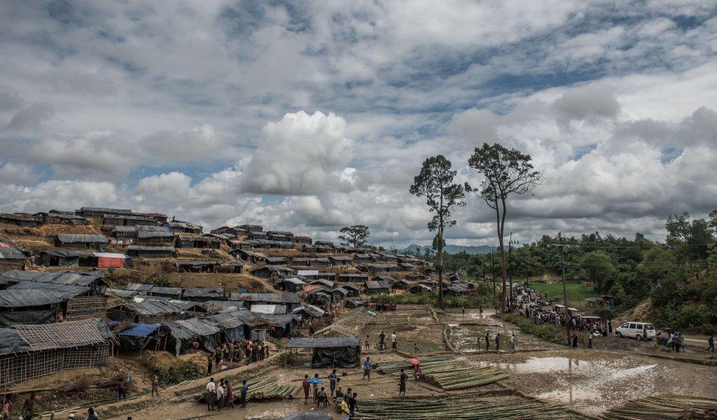 O tabără de refugiați Rohingya, în septembrie 2017