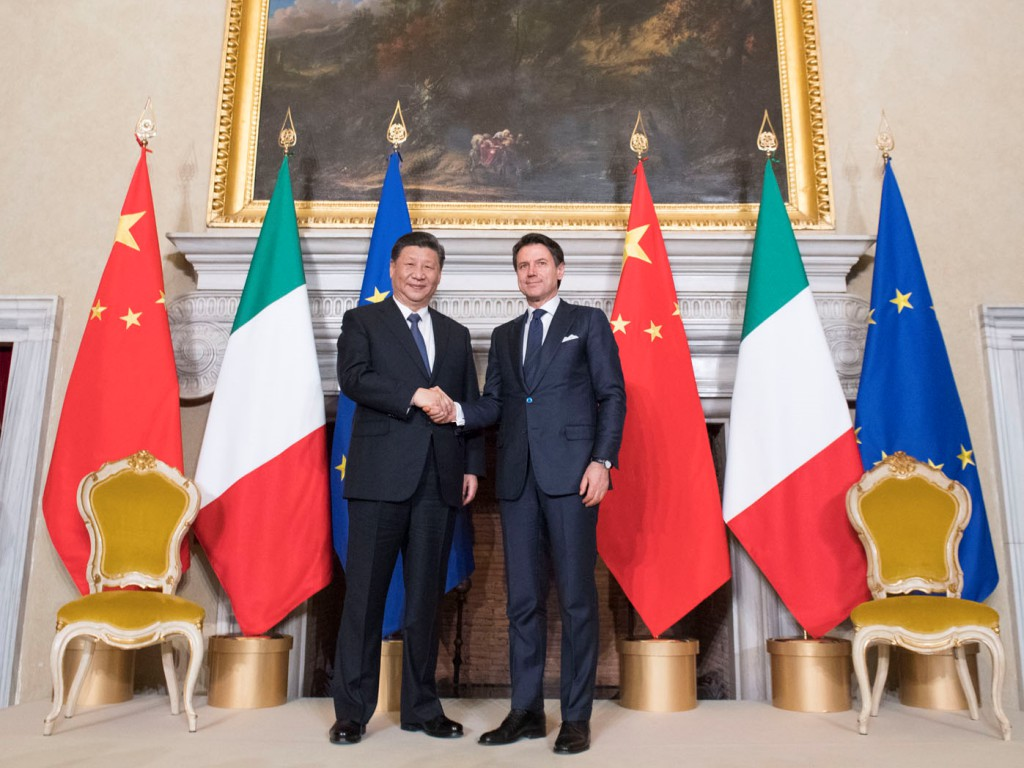 Xi Jinping and Giuseppe Conte in 2019
