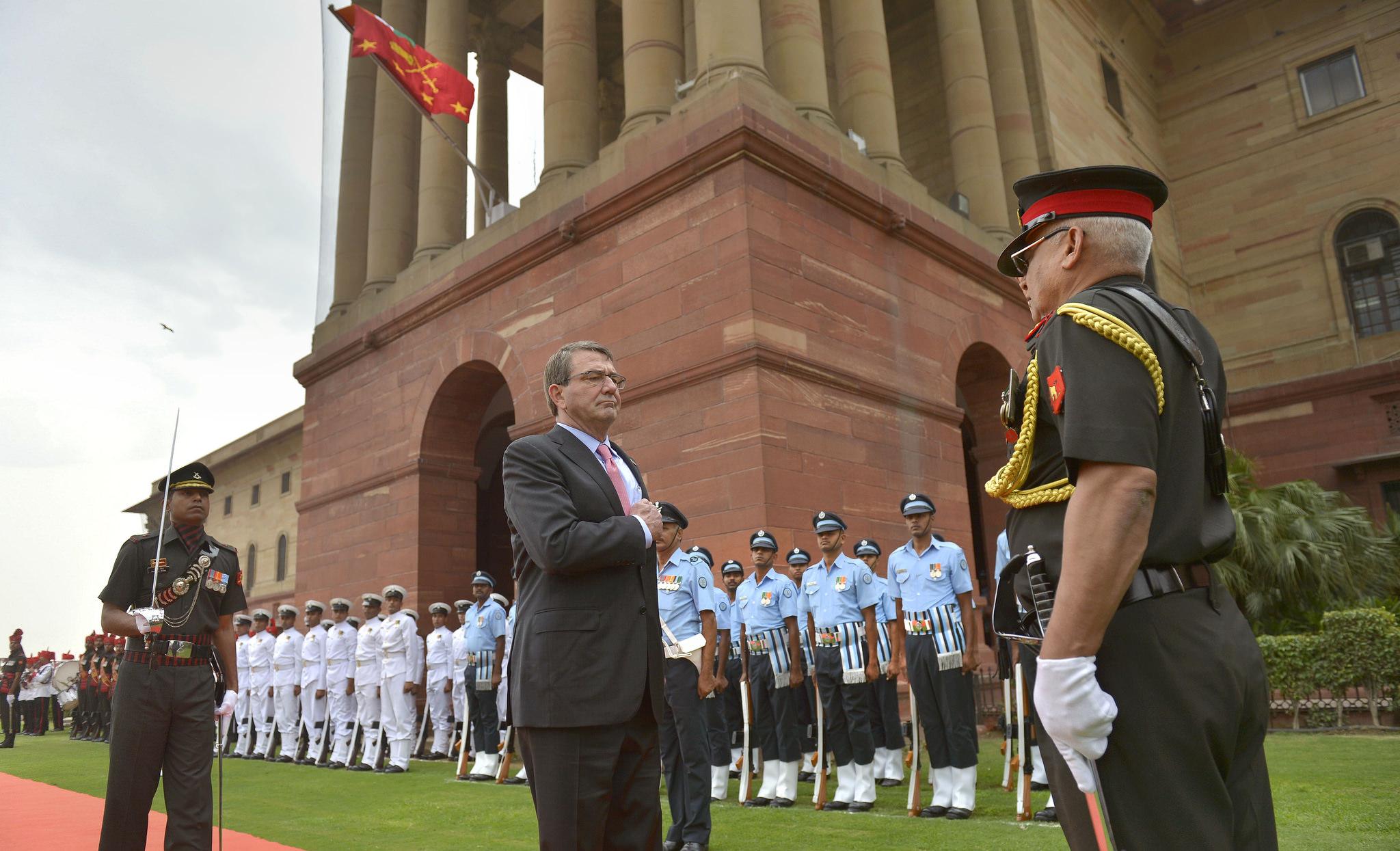 Ashton Carter in vizita in India